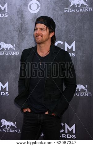 LAS VEGAS - APR 6:  Kip Moore at the 2014 Academy of Country Music Awards - Arrivals at MGM Grand Garden Arena on April 6, 2014 in Las Vegas, NV