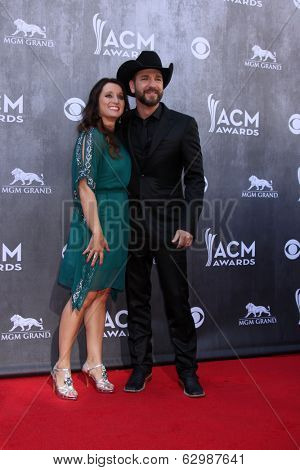 LAS VEGAS - APR 6:  Craig Campbell at the 2014 Academy of Country Music Awards - Arrivals at MGM Grand Garden Arena on April 6, 2014 in Las Vegas, NV