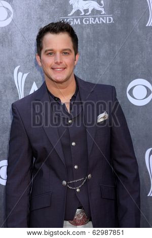 LAS VEGAS - APR 6:  Easton Corbin at the 2014 Academy of Country Music Awards - Arrivals at MGM Grand Garden Arena on April 6, 2014 in Las Vegas, NV