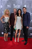 LAS VEGAS - APR 6:  Kimberly Schlapman, Philip Sweet, Karen Fairchild, Jimi Westbrook at the 2014 Ac