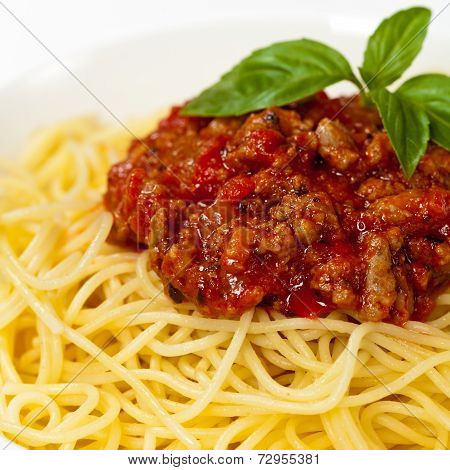 Pasta with Bolognese Sauce and Basil
