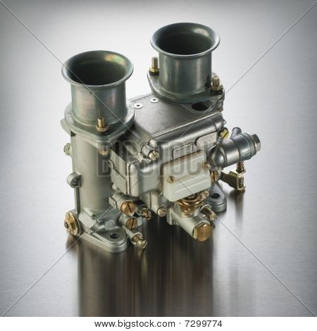 Italian automobile carburetor