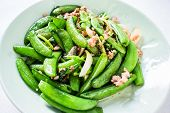 pic of snow peas  - Fried Pea On Plate - JPG