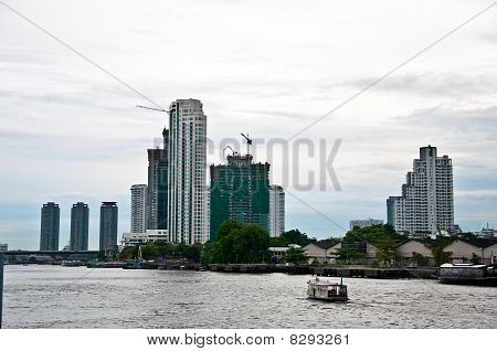 The View Of Chaopaya River In Bangkok
