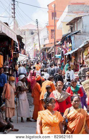 Street in Badarinath