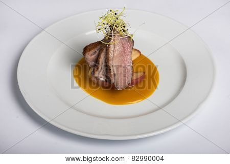 Glazed duck fillet on fried apple and mango sauce - Gourmet Food