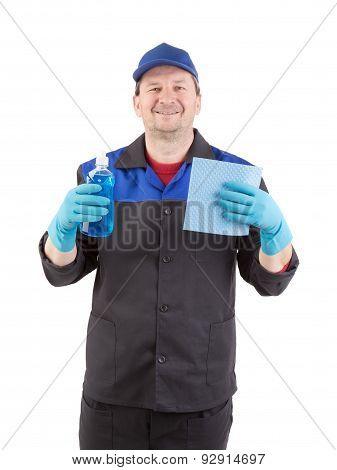 Man holds spray bottle and sponge.