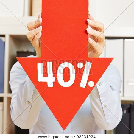 Red arrow with 40% discount being held by female hands