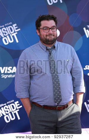 LOS ANGELES - JUN 8:  Bobby Moynihan at the