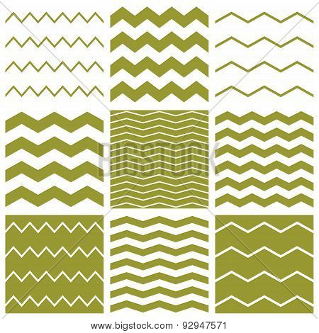 Tile spring vector pattern with white and green zig zag print background