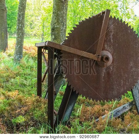 rusty old saw for milling lumber