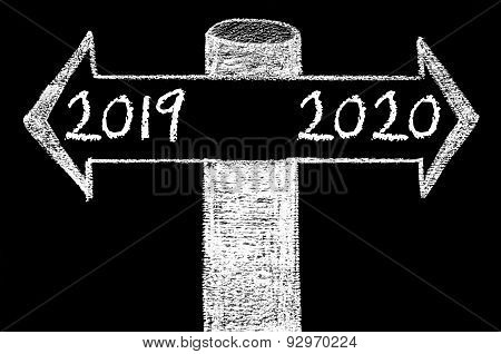 Opposite Arrows With Year 2019 Versus Year 2020