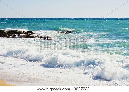 Waves in the mediterranean sea