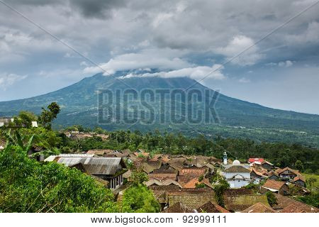 Small indonesian village near Merapi vulcano. Merapi is the most active vulcano in Indonesia.