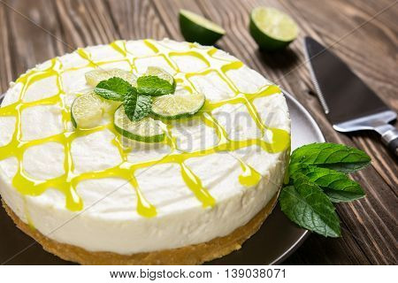 No-bake Cheesecake With Lime, Mascarpone, Whipped Cream And Mint Leaf