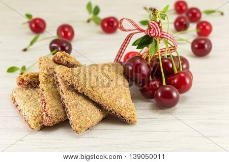 Integral Cookies With Cherries