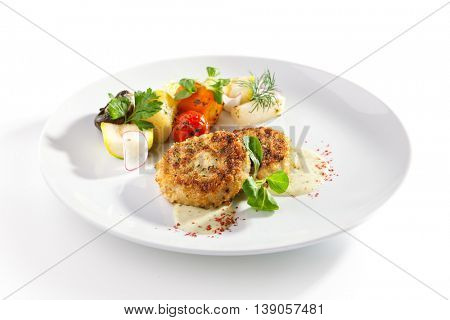 Minced Fish Cutlets with Baked Vegetables