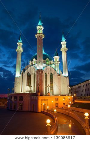 Kul-Sharif Mosque overcast april night. Kazan Kremlin, Tatarstan