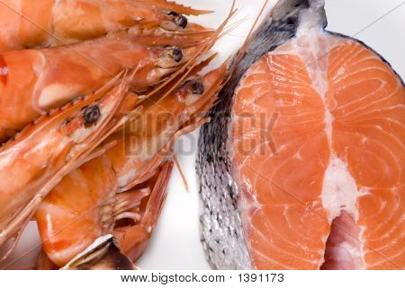 Shrimp And Salmon (Raw)
