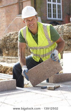 Construção trabalhador postura Blockwork