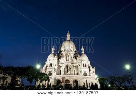 Basilica of Sacré-Coeur in Montmartre at dusk
