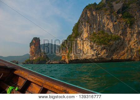 Islands. Sea. Rock. Krabi, Thailand.