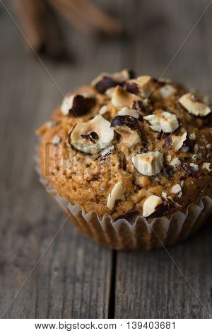Gingerbread cupcakes with crushed hazelnuts on top