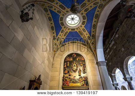 Interiors San Frediano Basilica, Lucca, Italy