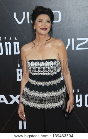 LOS ANGELES - JUL 20:  Shoreh Aghdashloo at the