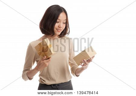 Young Asian Business Woman Open A Gift Box