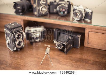 Vintage Photo Cameras Collector Desktop
