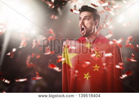 Athlete holding the flag of China