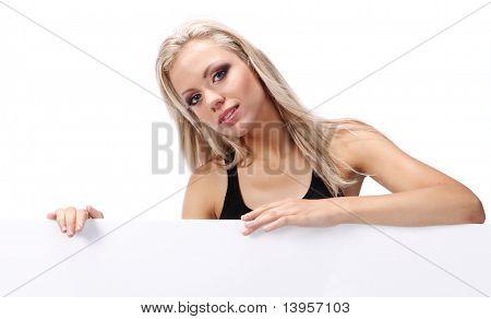 sexy Girl holding eine Hinweistafel hinzufügen isoliert auf weißem Hintergrund