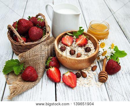Muesli With Strawberries