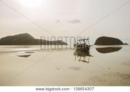 Pranburi,sea,brine,pond,wave,sea vacation,relax,relax, slacken,become loose, loosen, slacken, relax