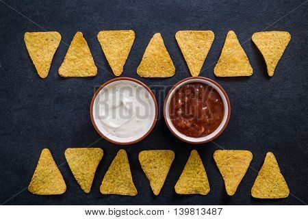 Mexican Nachos Crisps With Dip