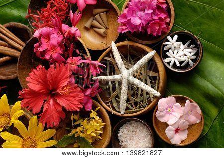 Tropical flower Spa set