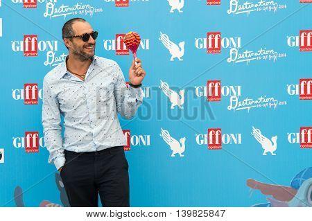Actor Claudio Santamaria