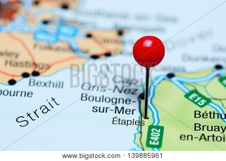 Etaples pinned on a map of France