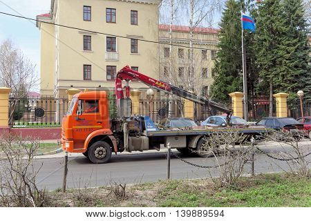 Nizhny Novgorod Russia. - April 26.2016. Municipal tow truck in finding a wrong parked car