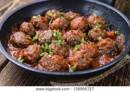 Tomato Sauce With Meatballs