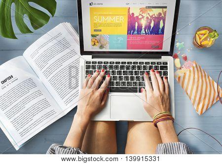 Blog Computer Summer Woman Concept