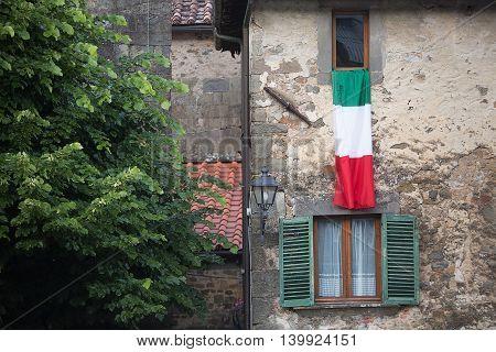Italian Flag Benabbio