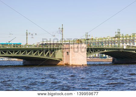 Dvortsovy bridge and the Admiralty across Neva river, St Petersburg, Russia