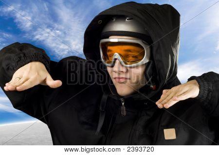 Muchacho irónico snowboard