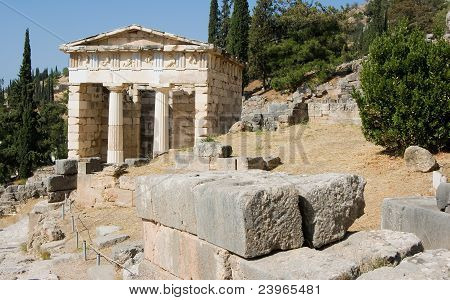 delphi oracle Greece