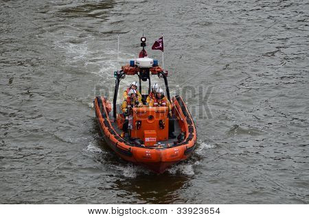 The Diamond Jubilee Pageant To Mark The Queens Diamond Jubilee 3Rd June