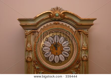 Top Antique Clock