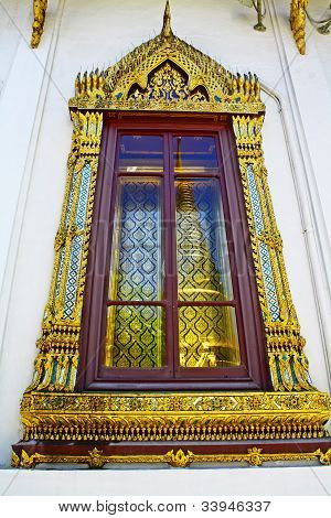 Thai art on window