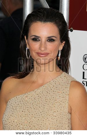 "LOS ANGELES - JUN 14:  Penelope Cruz arrives at the ""To Rome With Love"" LAFF Premiere at Regal Cinemas L.A. LIVE Stadium 14 on June 14, 2012 in Los Angeles, CA"